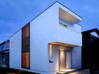 段差をたのしむ家 モダンな 家 の 株式会社Fit建築設計事務所 モダン