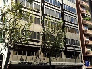 IPUSA obras y servicios (Oficina Barcelona): Estudios y despachos de estilo  de IPUSA obras y servicios