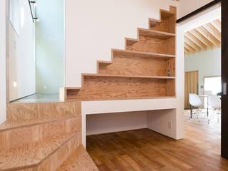 ゲストルーム オリジナルスタイルの 寝室 の 一級建築士事務所 Atelier Casa オリジナル 無垢材 多色