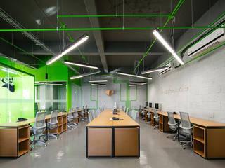 Oficinas Contacto: Estudios y oficinas de estilo  por IX2 arquitectura