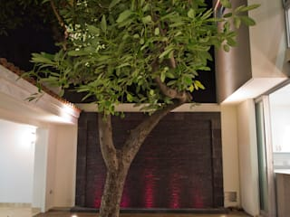 Casa CSG Balcones y terrazas modernos de IX2 arquitectura Moderno