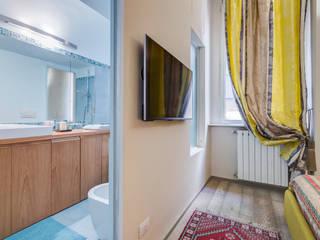 Cavour | Loft: Camera da letto in stile  di EF_Archidesign