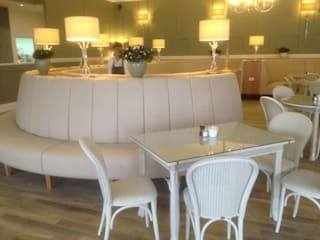 Fluted Banquette Seating _ Garden Centre in Fleet:  Commercial Spaces by Atlas Contract Furniture