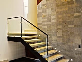BAG arquitectura Modern Corridor, Hallway and Staircase Stone Grey