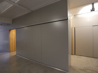 Umbau Architekturbüro Moderne Arbeitszimmer von Tischlerei Sekura Modern