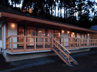 外観 ②: 上原一朗建築造形研究所が手掛けた家です。