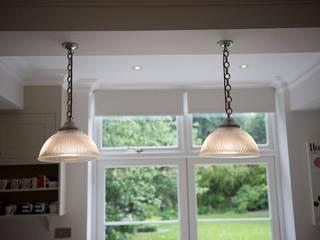 Shaker Kitchen Classic style kitchen by Nikki Rees Interior Design Classic