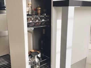 Cozinhas  por M16 architetti