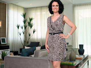 Eveline Sampaio Arquiteta e Designer de Interiores Living room MDF Wood effect