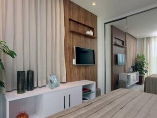 Спальни в . Автор – Eveline Sampaio Arquiteta e Designer de Interiores, Модерн МДФ