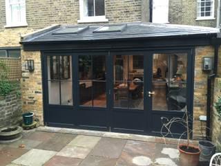 Battersea Bifold doors:  Garden by Cedar Bifold Company