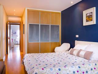 Bedroom by Pedro Brás - Fotógrafo de Interiores e Arquitectura | Hotelaria | Alojamento Local | Imobiliárias , Modern