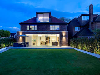 Hadley Wood - North London Case moderne di New Images Architects Moderno