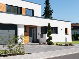 Wohnhaus 3 in Petersberg-Steinhaus:   von herbertarchitekten Partnerschaft mbB