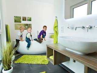STREIF Haus GmbH Modern style bathrooms