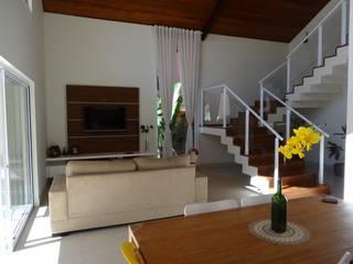 Lozí - Projeto e Obra Salas multimedia de estilo moderno