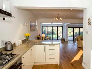 Rear Extension – Berrylands, Surrey Cube Lofts Modern style kitchen