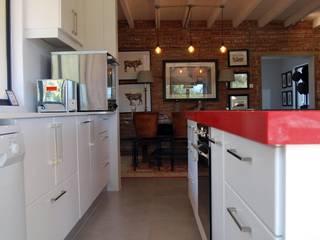 Capital Kitchens cc Cocinas de estilo moderno Tablero DM Blanco