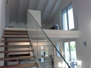 Moderner Flur, Diele & Treppenhaus von Ideal Ferro snc Modern