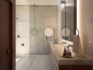 Baño principal Baños modernos de TW/A Architectural Group Moderno