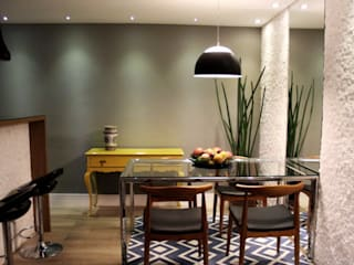 Eclectic style dining room by Lúcia Vale Interiores Eclectic