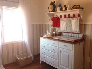 Quarto de bebê menino: Quarto infantil  por Studio Designare Interiores