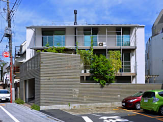 Modern houses by SUR都市建築事務所 Modern