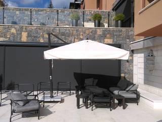 Akaydın şemsiye Mediterranean style garden Aluminium/Zinc Wood effect