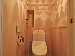 Salle de bains de style  par いえラボ