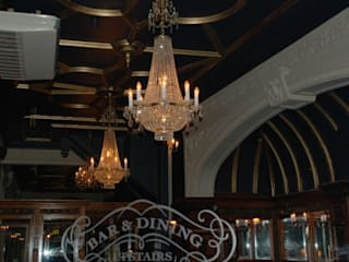 The Swan Inn Classical Chandeliers Classic style corridor, hallway and stairs