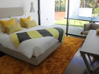 Villa Pinhal Velho: Quartos  por Pure Allure Interior,Moderno
