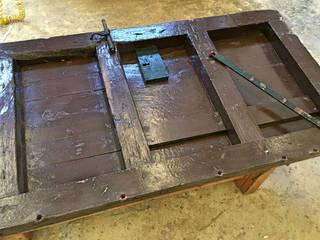 Puerta de madera (sin restaurar): Puertas de madera de estilo  de Conely