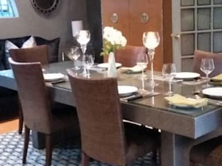 Grey House by CKW Eclectic style dining room by CKW Lifestyle Associates PTY Ltd Eclectic