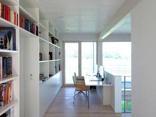 Koridor & Tangga Modern Oleh pur natur Modern