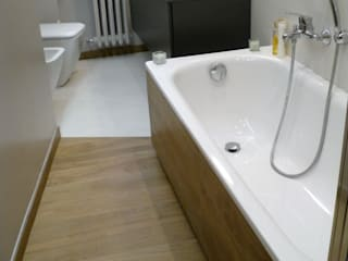 Bathroom by Architetto Alberto Colella, Modern