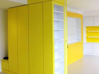 3B Architecture Modern corridor, hallway & stairs Yellow