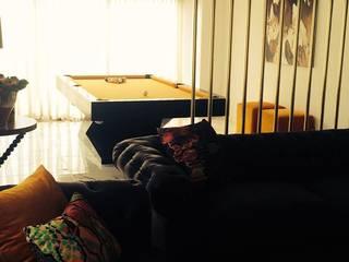 Moradia em Luanda: Salas de estar modernas por Lili Miranda-Designer de Interiores