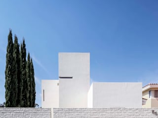 :  de estilo  por Abraham Cota Paredes Arquitectos