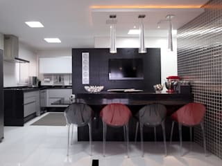 Adriana Fiali e Rose Corsini - FICODesign Modern kitchen White