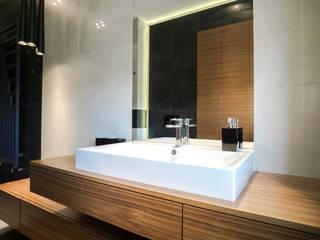 apartament w północnej części Krakowa: styl , w kategorii Łazienka zaprojektowany przez Ormezowski - projektowanie wnętrz,