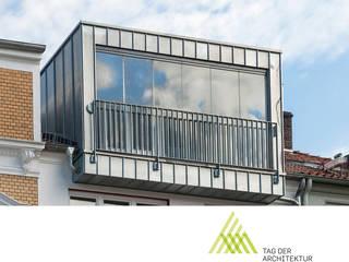 RONALD-KIRSCH PLANungsgesellschaft Anexos de estilo moderno Metal Metálico/Plateado