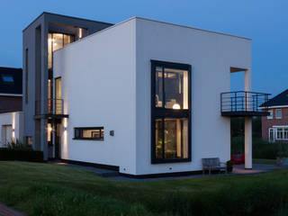 by Woon Architecten