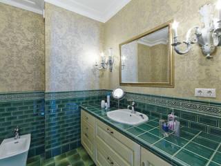 Квартира в классике Ванная в классическом стиле от ODEL Классический