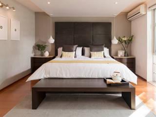 Dormitorios de estilo  por MM estudio interior