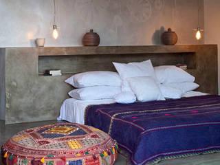 Dormitorios de estilo  de Personal Factory, Mediterráneo
