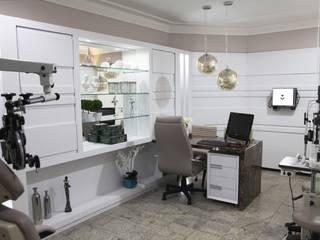 Suelen Kuss Arquitetura e Interiores Clínicas / Consultorios Médicos Vidrio Blanco