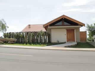 Lozí - Projeto e Obra Casas de estilo rústico