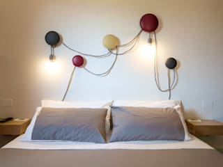 HMI: Camera da letto in stile in stile Moderno di studioSAL_14