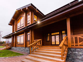 Casas de estilo clásico de GOOD WOOD Clásico