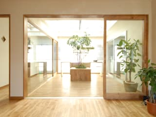 de style  par 湘南建築工房 一級建築士事務所